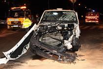 Dopravní nehoda na křižovatce u Intersparu.