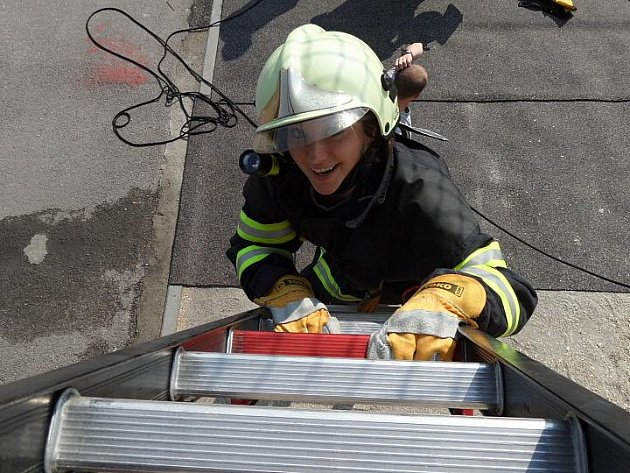 Kandidátka na Miss hasičku Lenka Pochylá