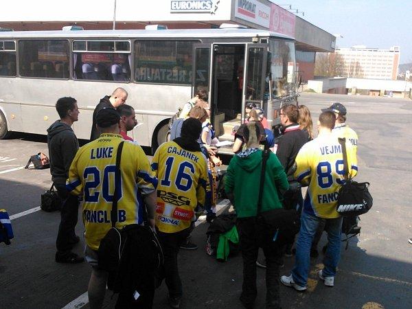 Hokejový zapisník: Do Třince vyrazilo 25věrných.