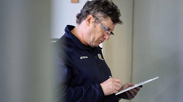 Hlavní trenér Beranů Robert Svoboda.