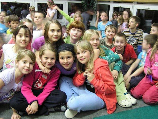 Noc s Andersenem ve zlínské základní škole Křiby