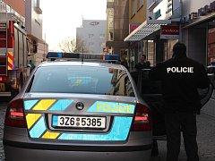 Policisté prohledávají Zlaté Jablko. Anonym tam nahlásil bombu