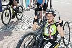 55. Mezinárodní festival filmů pro děti a mládež - Tour 4 Cange start handicapovaných cyklistů.