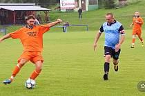 Roman Koleček (v oranžovém)