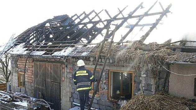 Požár stolárny ve Veselé