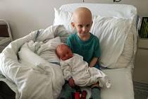 Ruda v nemocnici s bráškou Tondou