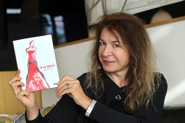 Známá zlínská návrhářka Šárka Šišková má novou lásku. Jmenuje se A co láska  7a7d213b8ee