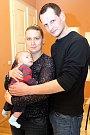 VÍTÁME TĚ MEZI NÁMI, PATRIČKU! Vítání občánků - Daniel Dobiás a Aneta Mikuláštíková se synem Patrikem Dobiásem.