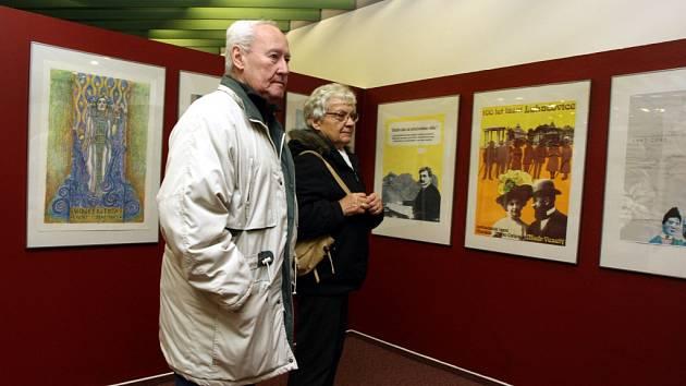 Výstava Uvádění ve známost aneb Luhačovice v reklamě v muzeu v Luhačovicích.
