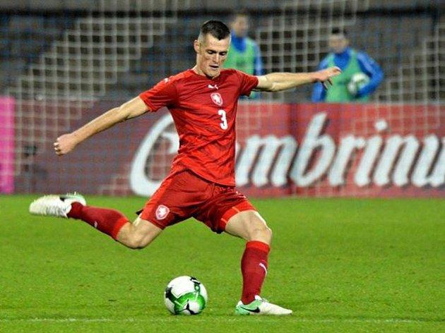 Stoper Zlína Ondřej Bačo pomohl české fotbalové jednadvacítce ke kvalifikační výhře nad San Marinem