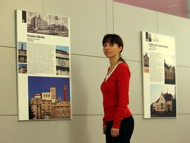 Výstava Se slavnými architekty po Zlínském kraji ve 14. etáži krajského úřadu ve Zlíně.