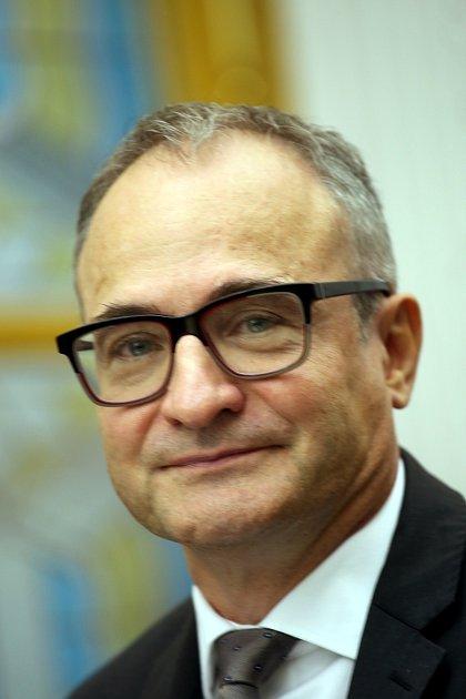 Ustavující zastupitelstvo města Zlína.Miroslav Chalámek