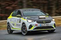 V tuzemsku se premiérově na konci prázdnin jako součást 50. ročníku Barum Rally představí soutěžní elektromobily v rámci německého šampionátu ADAC Opel e-Rally Cup na identických vozech Opel Corsa-e Rally.