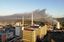 Požár plechové haly ve Zlíně na ulici Gahurova nedaleko čerpací stanice OMW