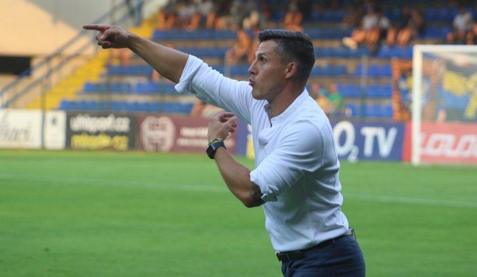 Jan Jelínek během večerního zápasu proti Slavii Praha.