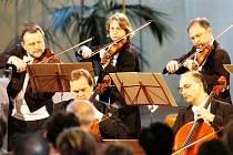 Festival Janáček a Luhačovice. Cyklus vystoupení se uskuteční v koncertním sále Společenského domu, v kostele svaté Rodiny a v komorním prostředí Lázeňského divadla.