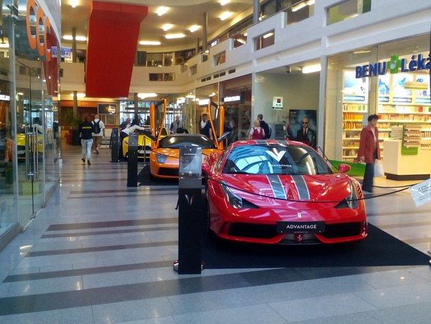 Nejdražší auta na světě jsou k vidění ve Zlíně