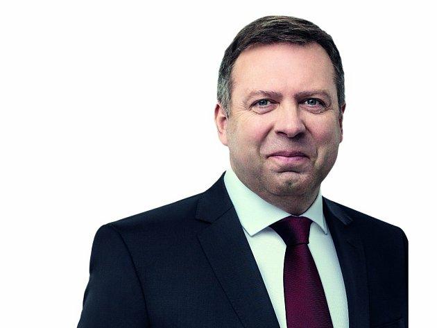 Stanislav Blaha (ODS) 51let, Uherské Hradiště, je poslancem PČR, starosta města Uherské Hradiště