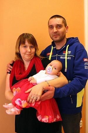 Vítání dětí na radnici ve Zlíně.  Radoslav Ondrovčík a Ivana Křenová sdcerou Radkou