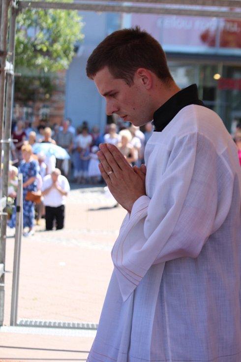 Slavnost Božího těla přilákala ve Zlíně tisíce lidí