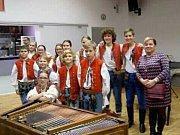 MUZIKA VALÁŠEK. Talentovaní muzikanti postoupili do celostátního kola, které se bude konat 24. 26. 5. v Mikulově.