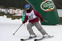 Závody na zlínském lyžařském svahu