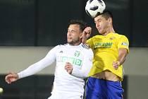 Fotbalisté Fastavu Zlín ve 14. kole FORTUNA LIGY v sobotu v podvečer porazili Karvinou. Na snímku Gajič.