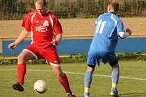 Fotbal OP Zlín: Louky (v modrém) - Lípa