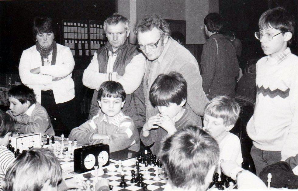 Základní škola Jasenná, Šachový turnaj žáků, rok 1977, Sokolovna.