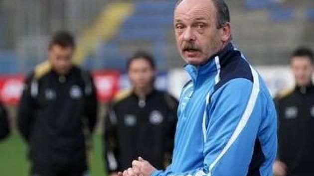 Trenér Stanislav Levý.