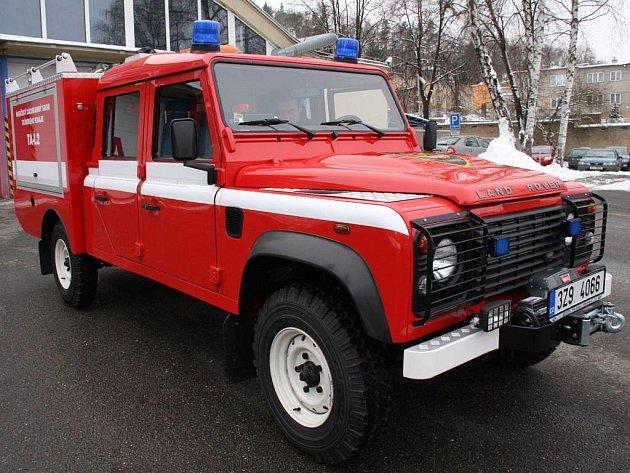 Nový hasičský speciál do těžkého terénu