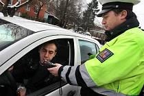 Od nového roku je i ve Zlíně součástí každé dopravní kontroly test na alkohol