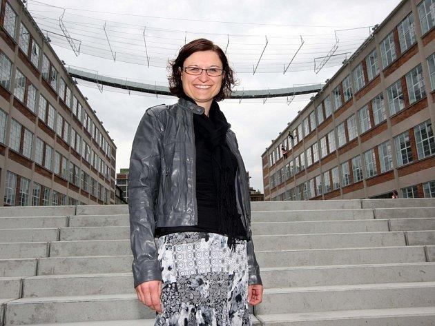 """ŠÉFKA. """"Chceme, aby to v Baťově institutu žilo,"""" říká ředitelka Lenka Struhárová Jančaříková."""