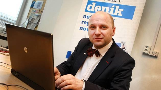 On-line rozhovor s Josefem Šímou, rektorem vysoké školy CEVRO institut