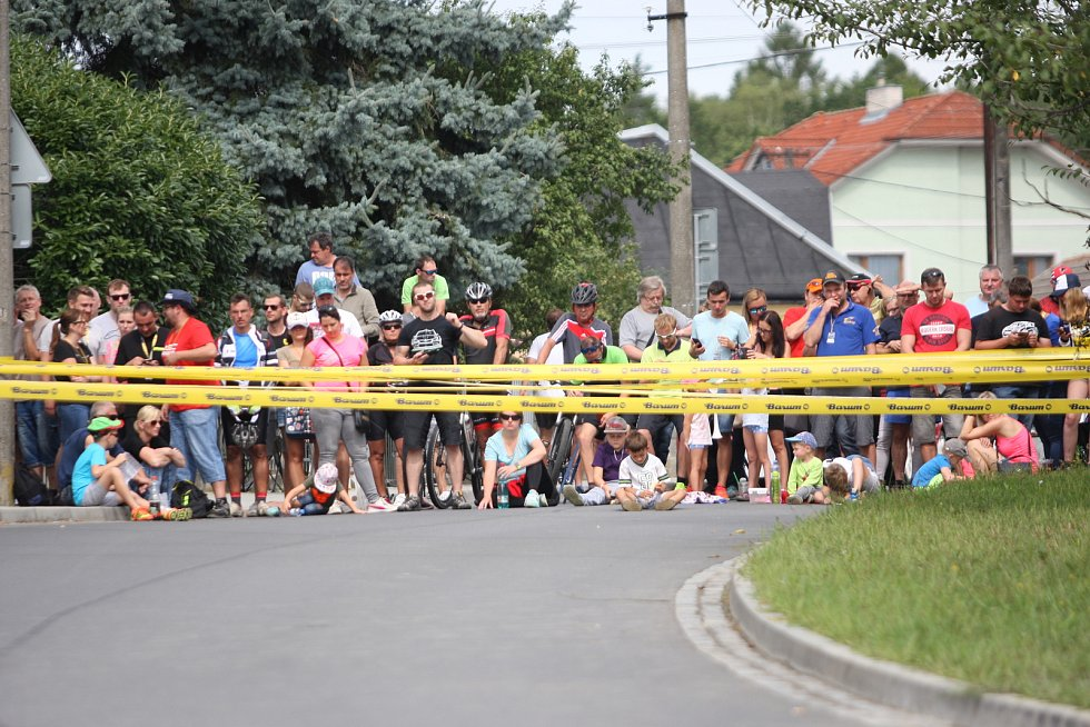 V rámci 49. ročníku Barum Czech Rally Zlín absolvovali v sobotu dopoledne jezdci rychlostní zkoušku Březová.