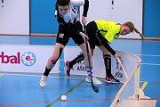Republikové mistrovství základních škol ve  florbalu v Otrokovicích.finále dívky   ZŠ Mladá Boleslav( žlutí) - Campanus Praha