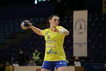 Interligové házenkářky Zlína (ve žlutém) nečekaně vyhrály v Písku rozdílem třídy. Na snímku Minárčiková.