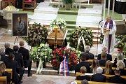 Pohřeb Jaroslava Rybky v kostele svatého Filipa a Jakuba ve Zlíně.