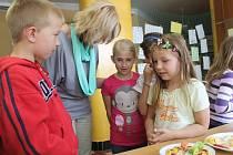 Ochutnat stravu budoucnosti mohly děti ze Základní školy Štípa