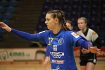 Interligové házenkářky Zlína (v modrém) ve 5. kole české skupiny play-out na jihu Čech opět podlehly Písku - 24:26.