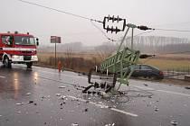 Tragická nehoda cyklisty a osobního auta u Otrokovic.