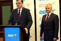 Premiér Petr Nečas na tiskové konferenci v hotelu Baltaci ve Zlíně.