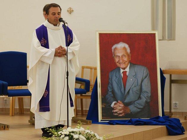 Mše na počest zesnulého Tomáše Bati na Jižních Svazích