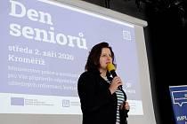 Ministryně Jana Maláčová navštívila největšího zaměstnavatele ve Zlínském kraji, zahájila nový školní rok a debatovala se seniory.