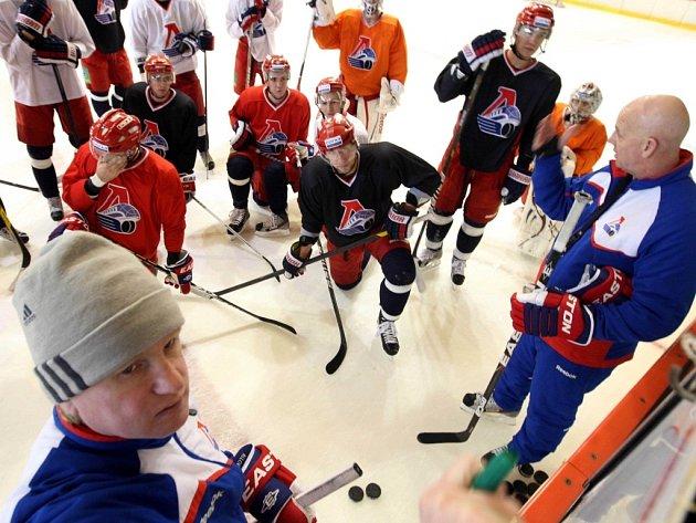 Příprava hokejistů Lokomotiv Jaroslavl v PSG aréně ve Zlíně.