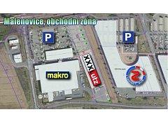 Mapka zobrazuje budoucí umístění supermarketu s nábytkem XXXLutz ve Zlíně Malenovicích mezi Makrem a OC Centro.