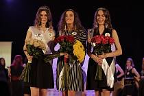 Krajské semifinále soutěže Miss Opravdová krása ve zlínském Hotelu Baltaci Atrium. Vítězkou letošního ročníku se stala Nikola Saňáková s číslem 8 (uprostřed).