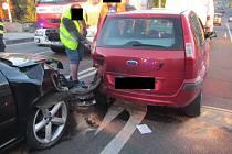 Srážka čtyř aut ve Zlíně