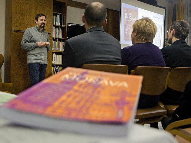Nový časopis s historickou tématikou pod názvem Východní Morava představili archiváři ve středu 18. ledna v krajské knihovně ve Zlíně.