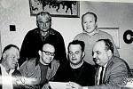 DEŠNÁ, RADA MNV DEŠNÁ. Dubovský, Bajza, Hanáček, Biernát, Kopecký, Jakšík. Radní obce v 70. letech.
